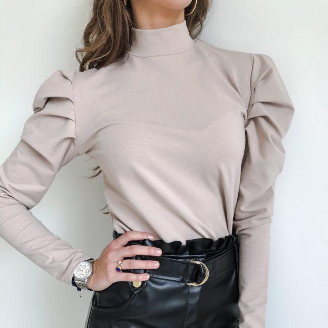 Bluzka z bufkami beżowa | Butik z modą PiuGrande