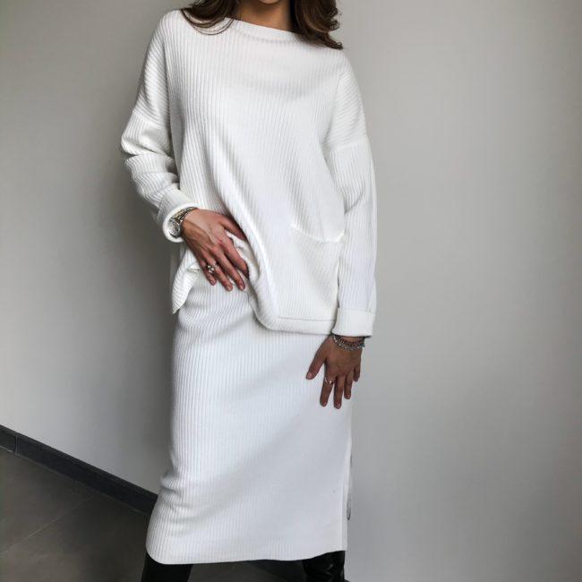 Komplet sweterkowy bluza i spódnica Ecru| Butik z modą PiuGrande