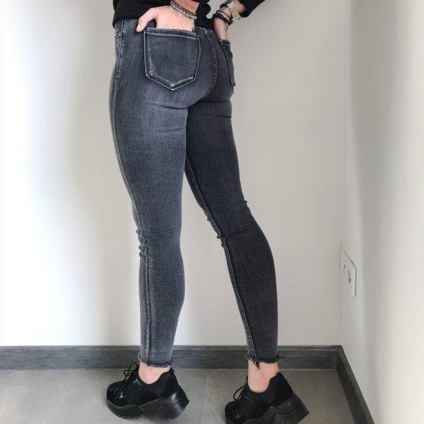 Spodnie z wysokim stanem szare| Butik z modą PiuGrande