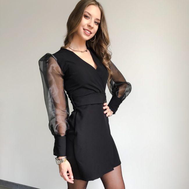 Sukienka z przeźroczystymi rękawami czarna| Butik z modą PiuGrande